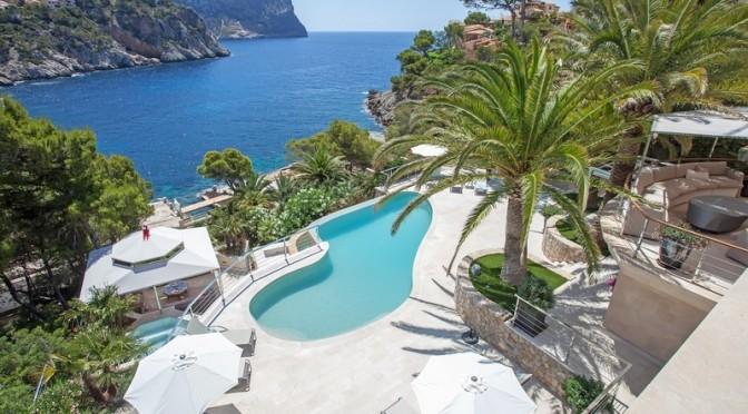 Vackert strandpalats på Mallorca.